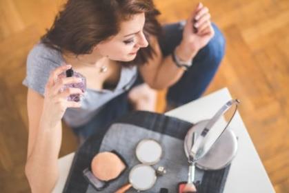Top 15 cele mai bune parfumuri de femei pentru vara