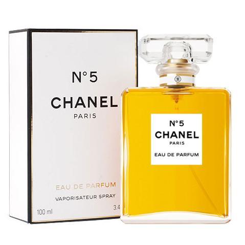 Chanel No 5 de la Chanel